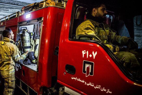 خیابان ادهم اهواز در محاصره آب و آتش