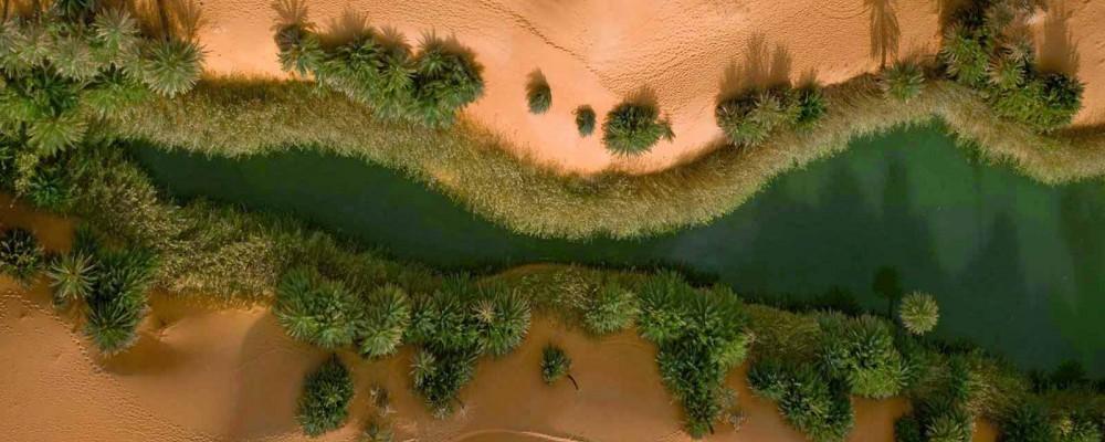 صحرای لیبی با دریاچه ای دیدنی در دل آن