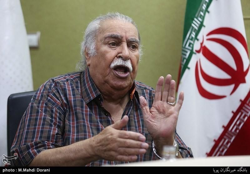 آخرین گفت وگوی مرحوم ابراهیم آبادی جلوی دوربین خبرنگاران، گلایه هایی از مدیران و مسئولان