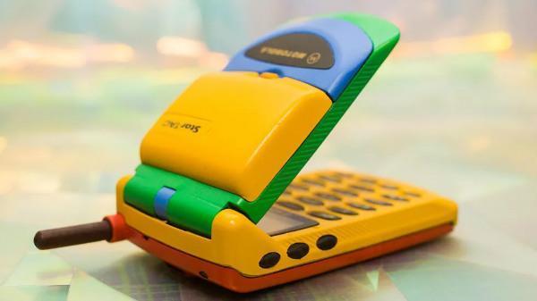 Motorola StarTAC، نخستین موبایل تاشو جهان