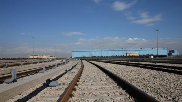 رایزنی با وزیر حمل و نقل عراق درباره راه آهن شلمچه-بصره